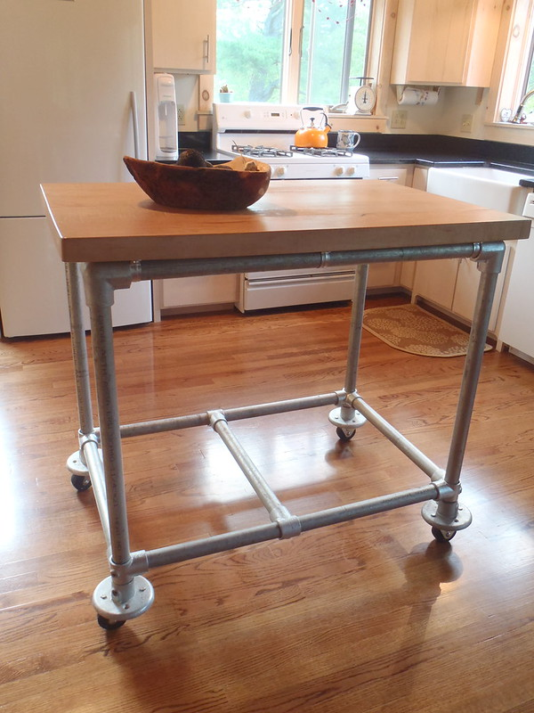 Butcher Block Rolling Kitchen Island : Pipe & Butcher Block Rolling Kitchen Island