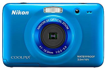 Nikon COOLPIX S30 is shockproof, waterproof and dirtproof.