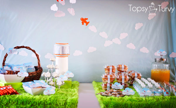 airplane-baby-shower-tablescape