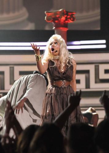 Nicki Minaj 2012 GRAMMY AWRADS 18