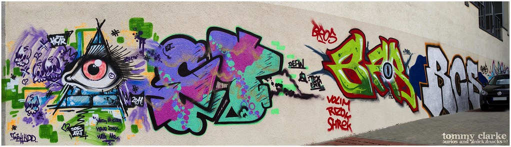 tagging wall