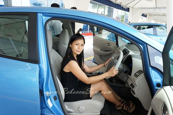 nissan leaf - all electric car-026