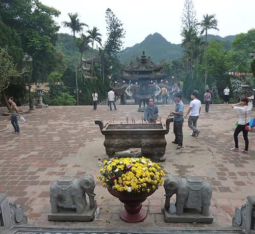 Hanoi 12-Perfume Pagoda (76)