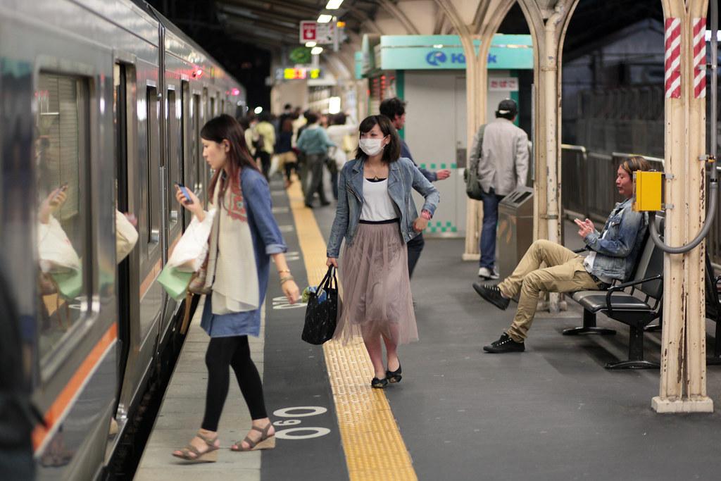 Okamoto 1 Chome, Kobe-shi, Higashinada-ku, Hyogo Prefecture, Japan, 0.013 sec (1/80), f/2.0, 85 mm, EF85mm f/1.8 USM
