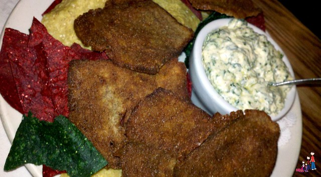 Spinach and Artichoke Dip with Toasted Brown Bread