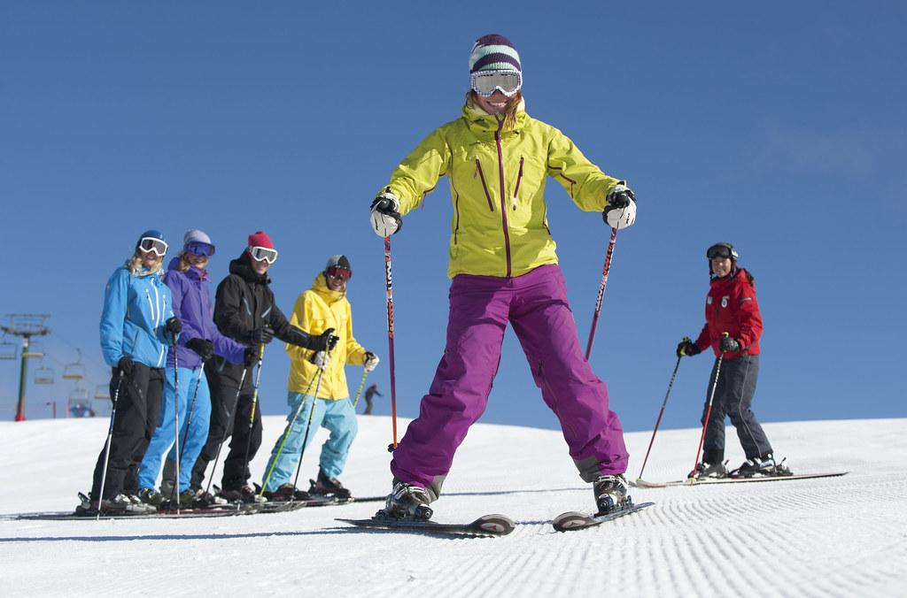 Ski Victoria's campaign with Skimax
