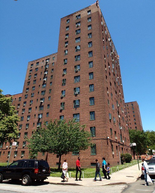 New City Ny Rentals: Parkchester Apartment Complex, Bronx, New York City