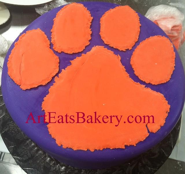 How To Make A Clemson Tiger Paw Cake