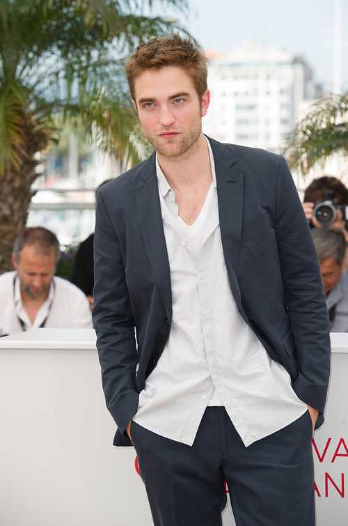 "CANNES: ""Cosmopolis"" Photocall"