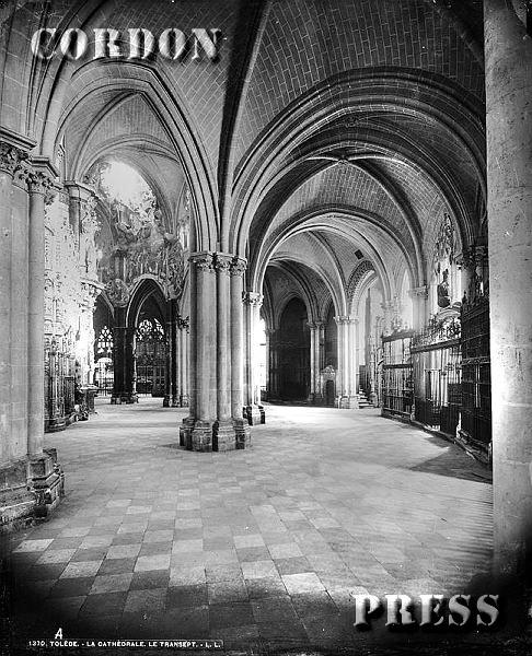 Girola de la Catedral de Toledo hacia 1875-80. © Léon et Lévy / Cordon Press - Roger-Viollet