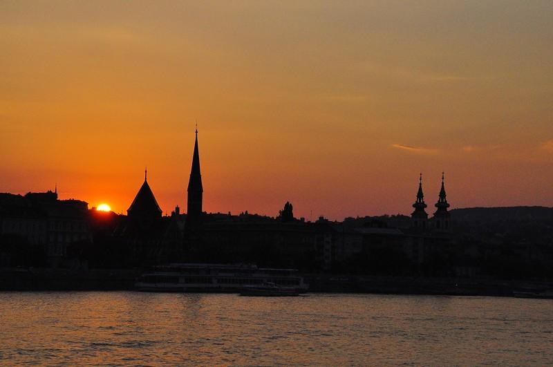 Sunset on the Danube, Budapest