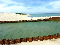 Embouchure de l'étang d'Urbinu et la plage vers le N