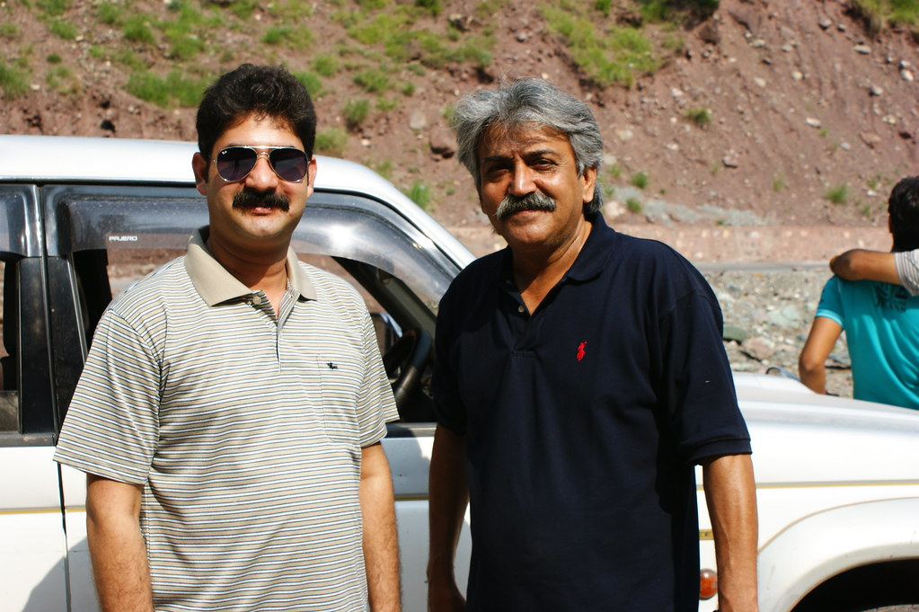 """MJC Summer 2012 Excursion to Neelum Valley with the great """"LIBRA"""" and Co - 7582042554 e8e2725c05 b"""