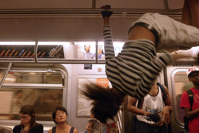 subway performer, nyc