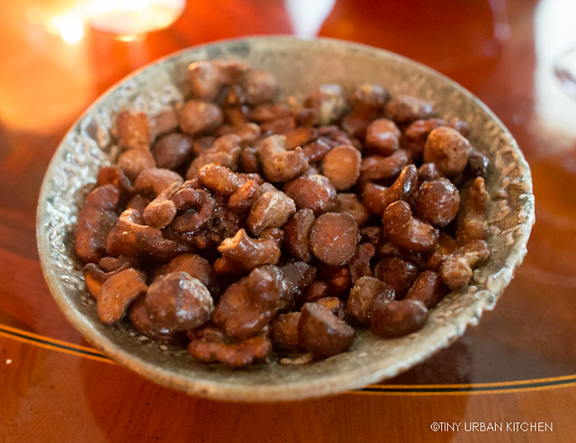 Caramelized nuts with Cardamom