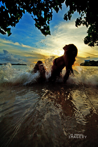 sunset beach silhouette splash guam tumon beyondwords aurorahotel turepr
