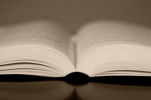 Photo:Open book By:Felix Schmidt Photography
