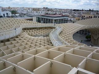 Auch ohne Giralda: Aussicht vom Espacio Parasol über Sevilla