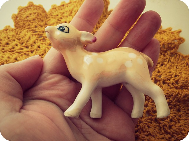 tiny_kitsch_deer