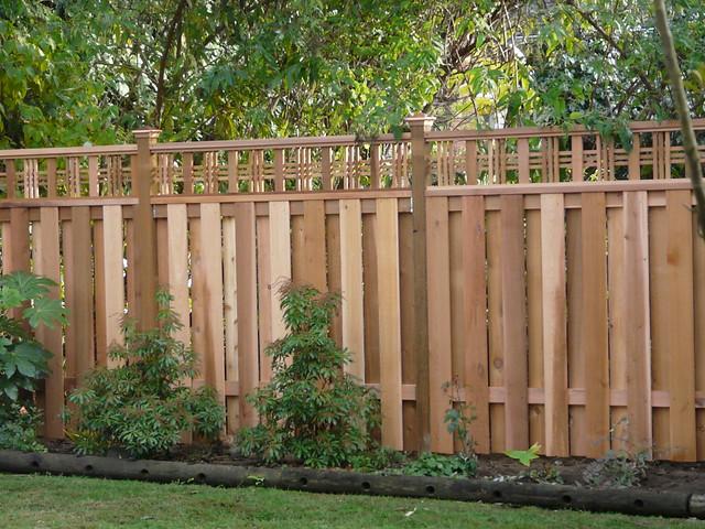Good neighbor fencing flickr photo sharing for Good neighbor fence
