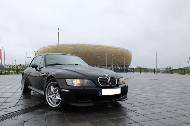 1998 M Coupe | Cosmos Black | Black