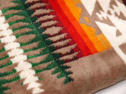 Pendleton / Oversized Jacquard Towels