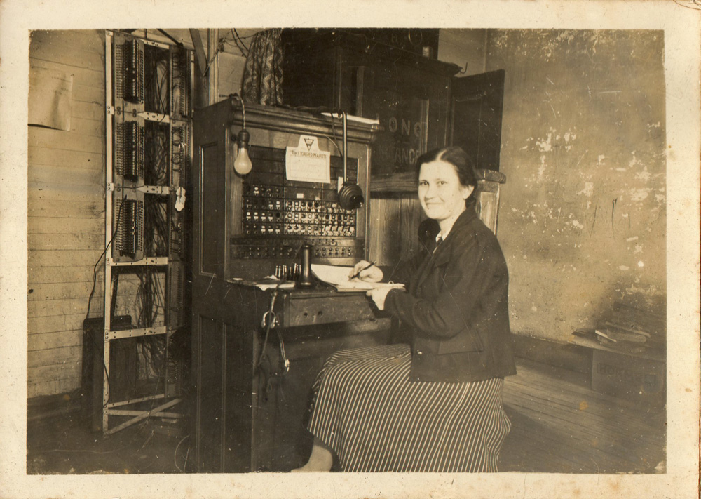 Maude Mae Jones, Pine Apple, Wilcox County, Alabama c. 1925/1930