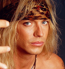 closer-look-bret-michaels-1
