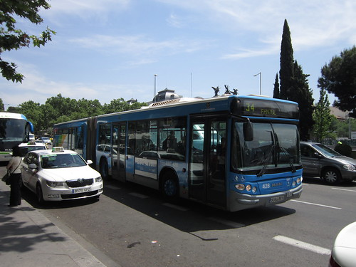 マドリードの市内バス 2012年6月1日 by Poran111