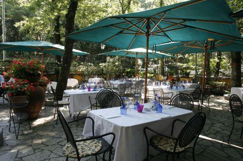 Ristorante Donna Vittoria, il giardino ad Albano Laziale