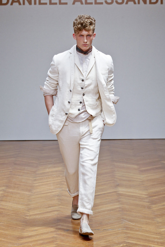 SS13 Milan Daniele Alessandrini002_Pavel Baranov(fashionising.com)