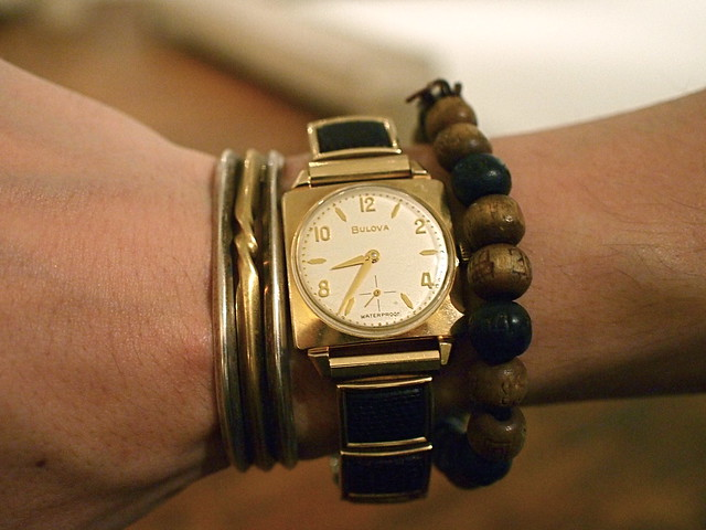 P6261211 vintage watches, gold, new york, street fashion style,