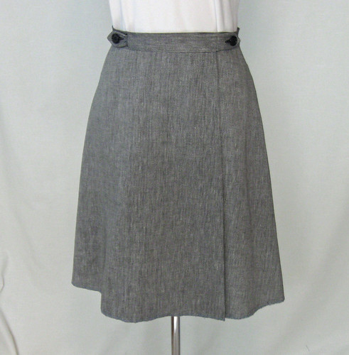 Wrap skirt front1