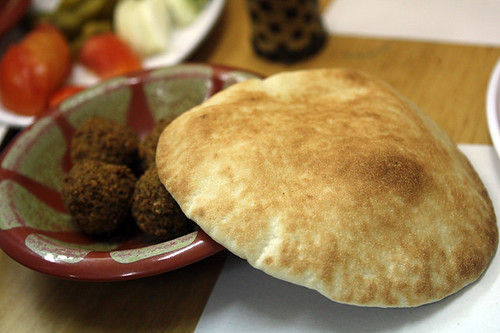 pitta with falafel