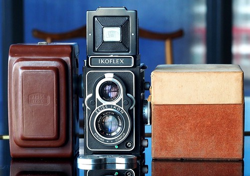 Zeiss Ikon Ikoflex IIa with Box
