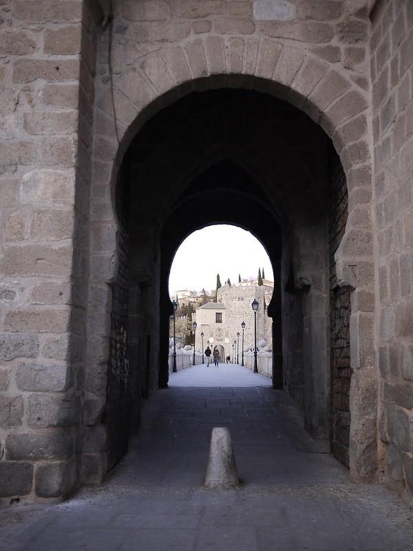 比薩格拉門Puerta de Bisagra