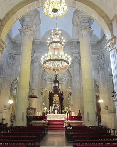 サンタ・マリア・ラ・マヨール教会の祭壇 2012年6月5日 by Poran111