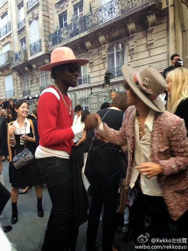 GD-Chanel-Fashionweek2014-Paris_20140930_(29)