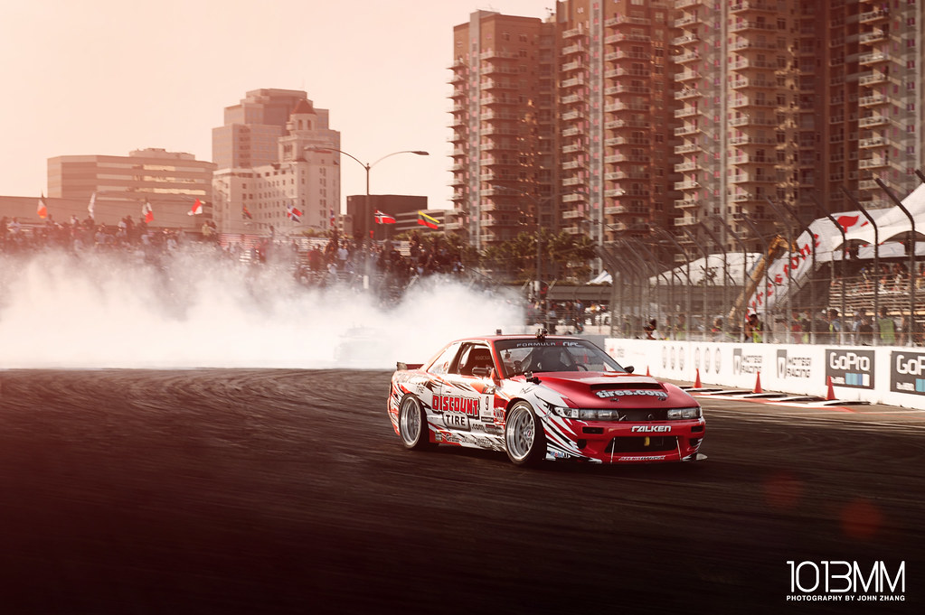 Formula Drift 2012 Round 1 Streets of Long Beach