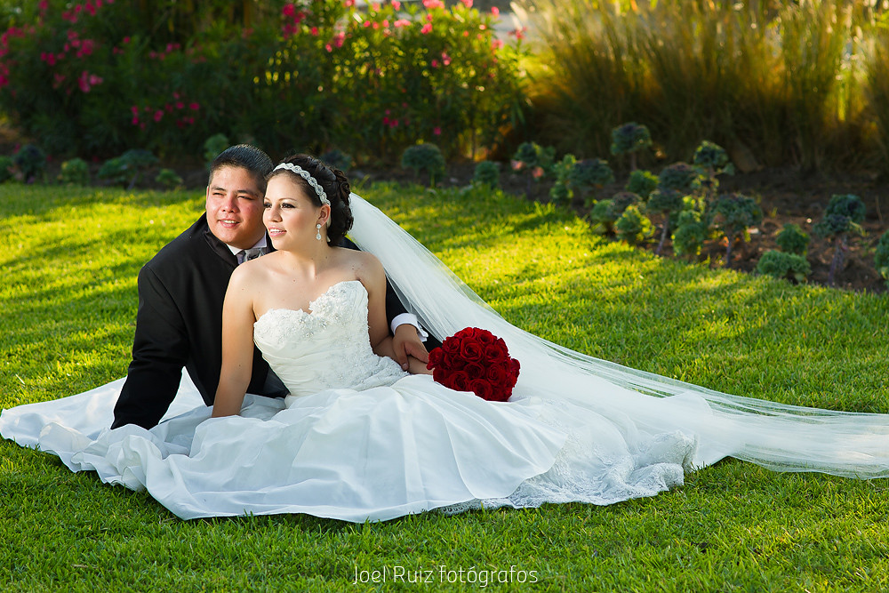 7d Wedding Photography: 7D Wedding Shots. Can You Share Your Lens -- Weddings