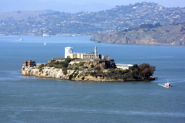 Alcatraz, Canon EOS DIGITAL REBEL XSI, Canon EF 28-300mm f/3.5-5.6L IS