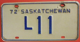 SASKATCHEWAN 1972 ---LIVERY LICENSE PLATE #L11