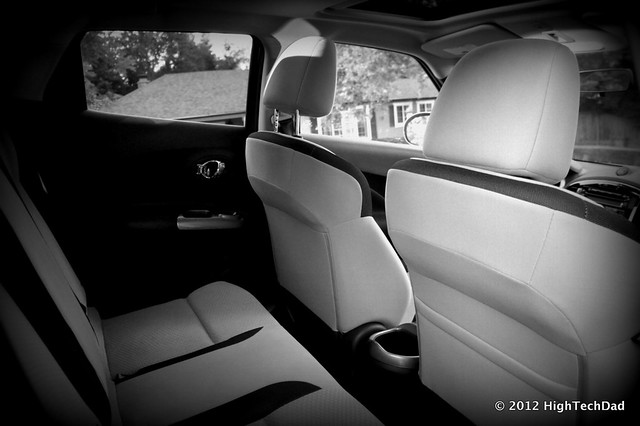 rear seats 2012 nissan juke flickr photo sharing. Black Bedroom Furniture Sets. Home Design Ideas