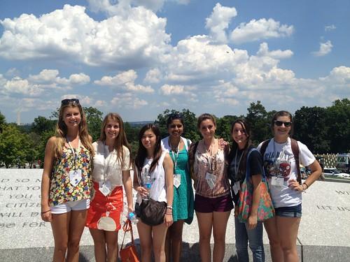 NSLC COMM Students Visit Arlington Cemetary