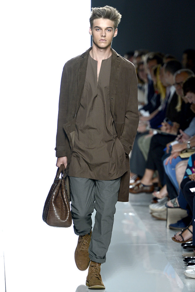 Robbie Wadge3611_SS13 Milan Bottega Veneta(VOGUE)