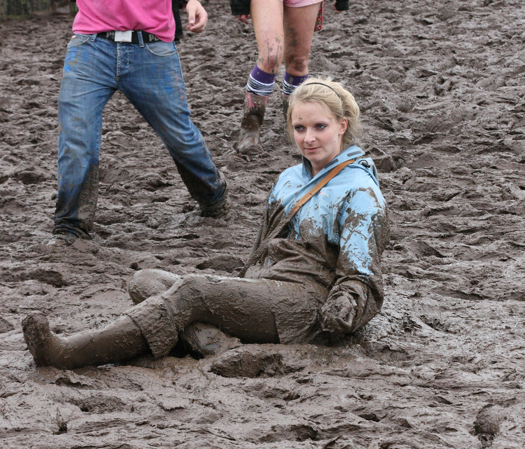 Mud Girl 2 T In The Park 2012  After This She Just Lay -3090