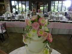 Close up, Ranunculs Wedding Cake