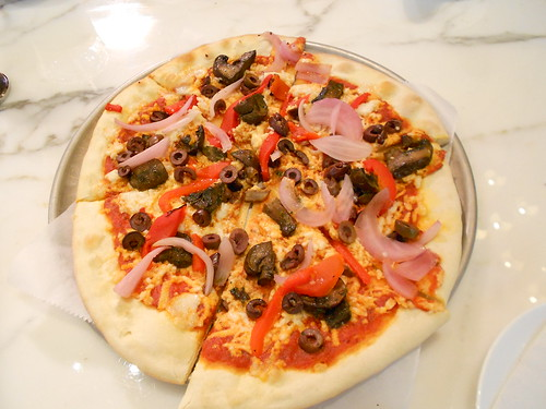 Vegan veggie pizza at Wynn Hotel
