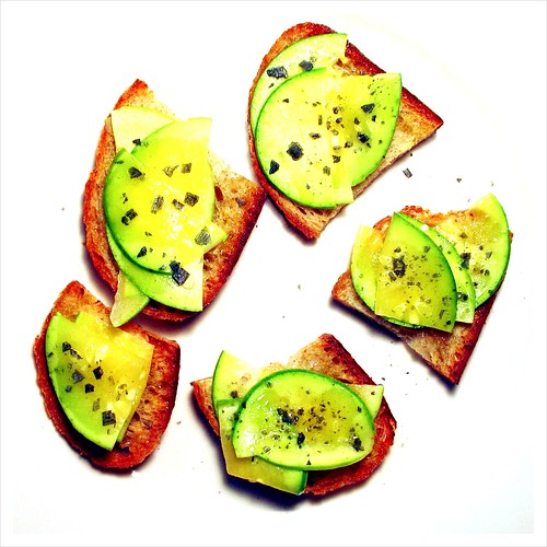 avocado squash on toast Lolo