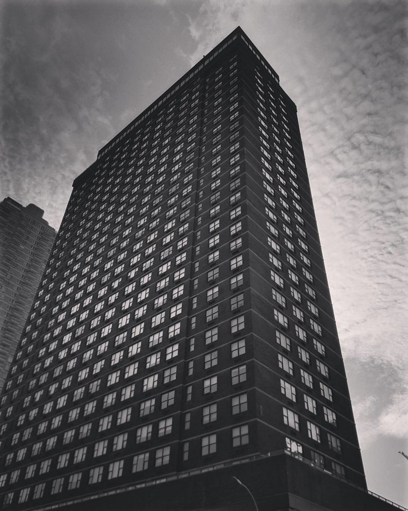 NYC (after a coffee)  #NewYork #travelgram #travel #architecture #building #lookingup #modern #blackandwhite #photography #Photo #cloudporn #trip #beautiful #archilovers #iloveny #ilovenyc #newyorkphoto #instacool #instanewyork #mynyc #bigapple #thebigapp